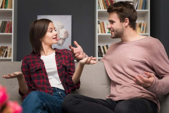 """10 Ways You Can Make The """"Defining The Relationship"""" Talk Go Smoothly"""