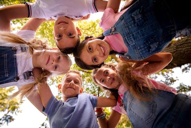 birey ve toplum, ben ve biz, toplum nedir, sosyal bilgiler dersi, ücretsiz eğitim sitesi, eğitici siteler, toplum nedir.