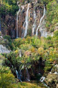 Large waterfall Photo | Free Download