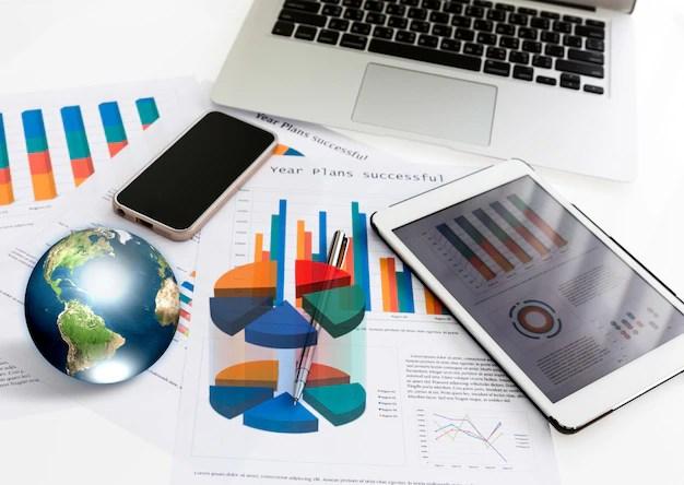 Ordinateur Portable Tablette Et Tlphone Avec Graphiques