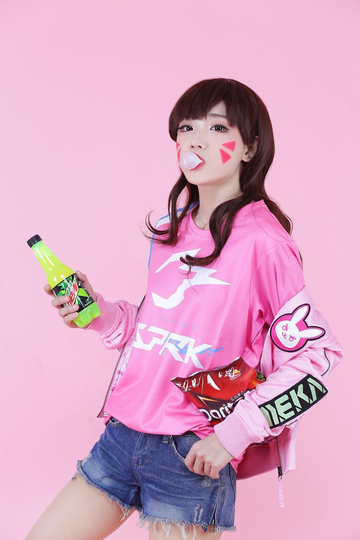 韓國Coser Miyuko最新作品 《Overwatch》宅女版D.va - 香港手機遊戲網 GameApps.hk