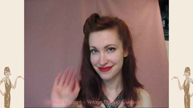 1940's hairstyle - how to do a hair roll in 60 seconds
