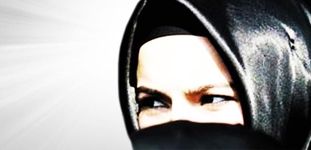 Vandalların saldırısına uğrayan başörtülü kadının ifadesi