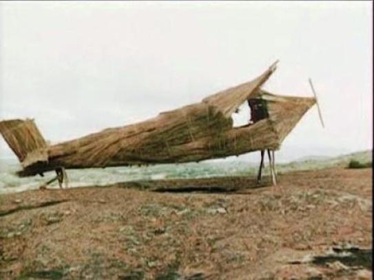 Pesawat terbang bambu untuk tanda bagi John Frum mendarat