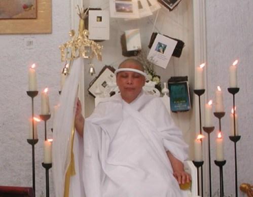 Lia Eden yang mengaku sebagai Nabi di Jakarta