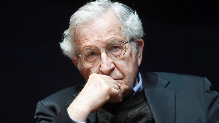 Vídeo | Noam Chomsky sobre la caravana de migrantes y su uso por la extrema derecha