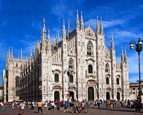 Cathedral Milan yang indah dan rumit