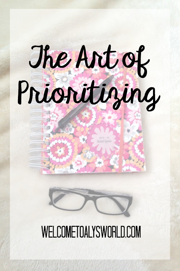 The Art of Prioritizing | Prioritizing is half the battle in college. Here are some tips to help you prioritize your life!