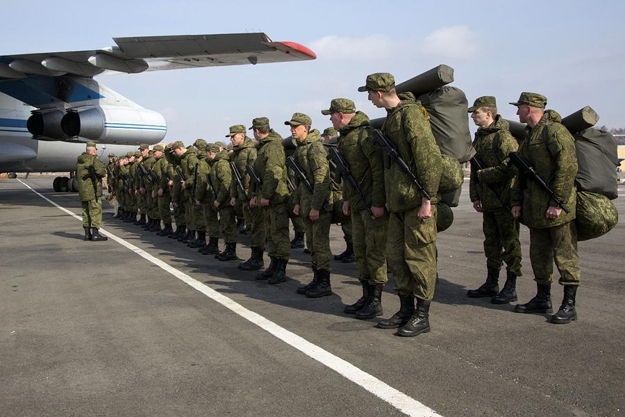 Войска РФ у границы с Украиной выполняют вовсе не военную функцию