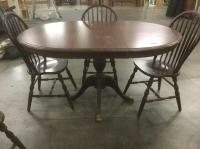 Vintage Cochrane cherry wood dining table w/ four chairs