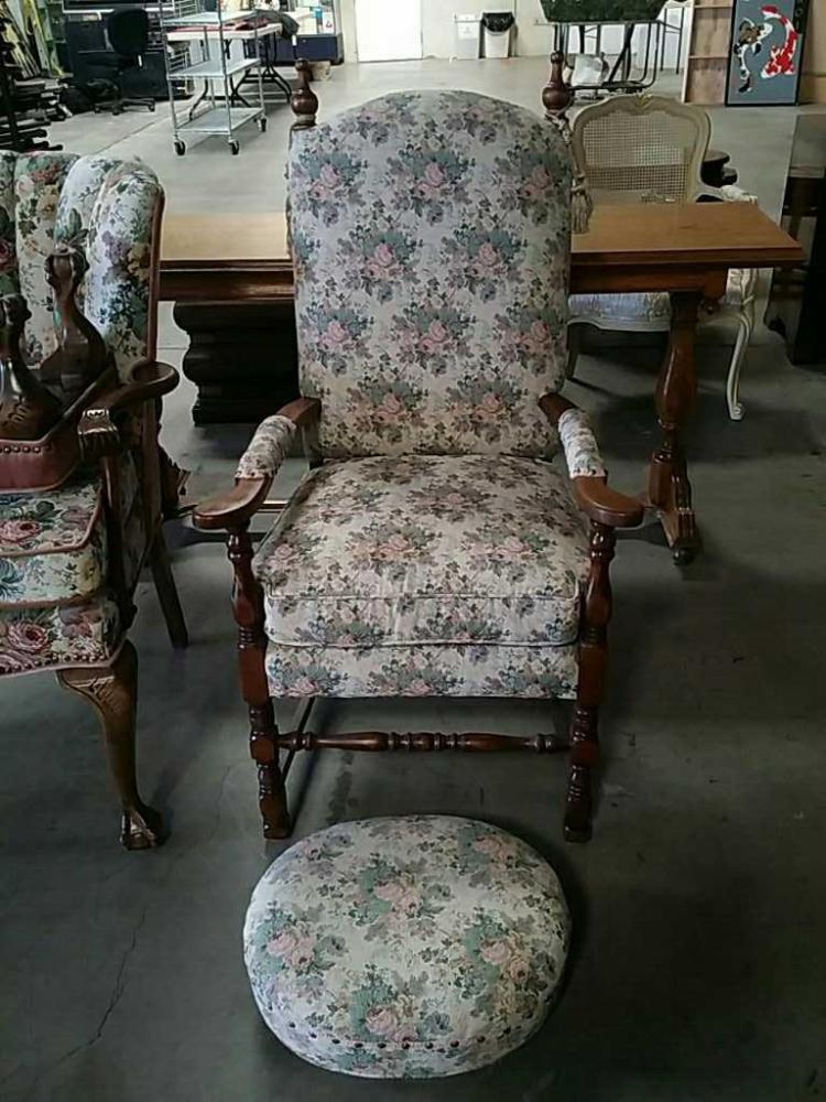 floral arm chair elephant rocking with ottoman lot 43