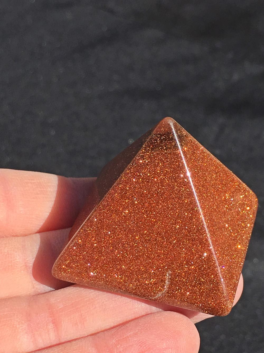 Goldstone Glass : goldstone, glass, Goldstone,, Glass,, Crystal,, Collectible,, Carving,, Pyramid