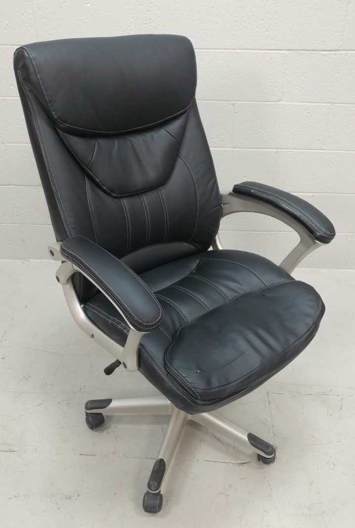 True Innovations Rolling Black Office Chair