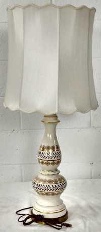 Vintage Traditional Porcelain Table Lamp