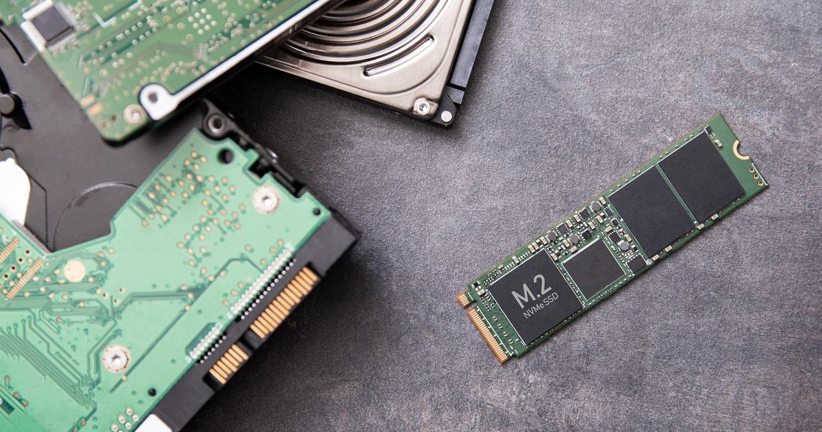 「SLC」「MLC」「TLC」「QLC」の違いは? 3Dとは? NAND型フラッシュ ...