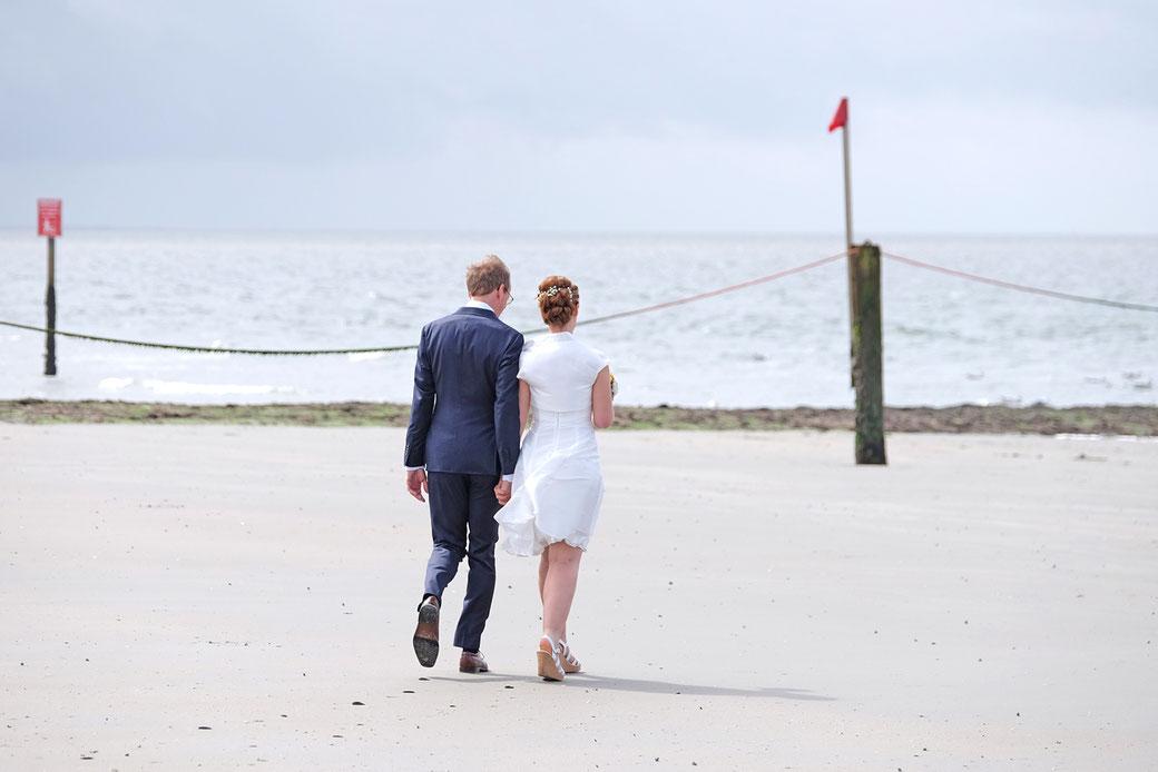Heiraten am Strand von Norderney  Fotograf Sylt Hochzeitsfotograf Norderney Fotograf Fssen