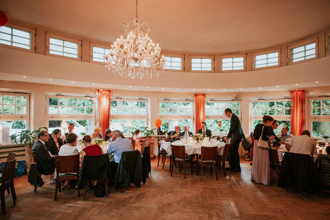 Hochzeit im Stavenhagenhaus und Landhaus Walter in Hamburg  Hochzeitsfotograf Hamburg