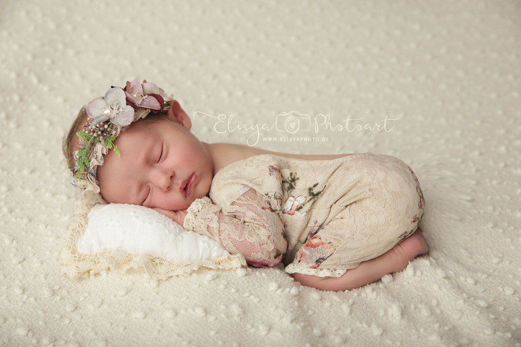 Newbornshooting Neugeborenenfotografie Fotograf Bad