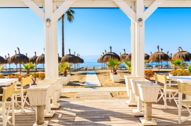 Best Destinations to celebrate New Year in Europe - London New Year - Copyright BikeworldtravelTower Bridge, celebration of the New Year in London