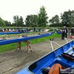 Auf- und Abriggern der Boote beim ORC