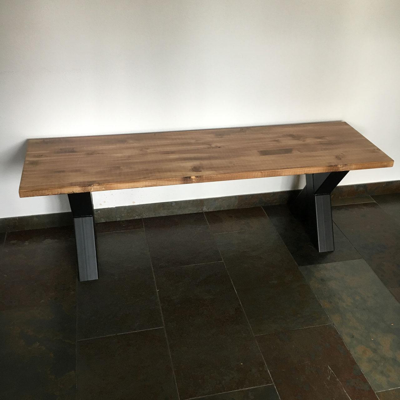 Eetbank zwart staal  old wood  Unieke stoere meubelen