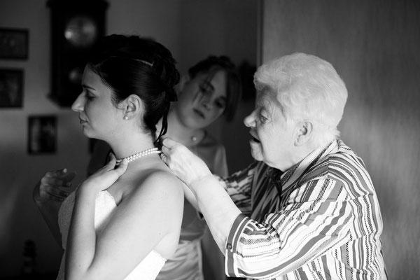 Getting ready  Hochzeitsreportagen Hochzeitsfotograf