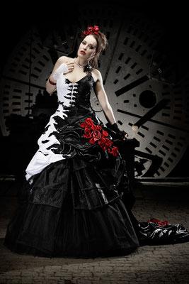 Auergewhnliche Brautkleider  Lucardis Feist