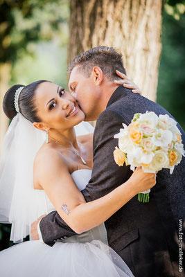 Anna und Ruslan perfekte Hochzeit im Marmorsaal in Bad