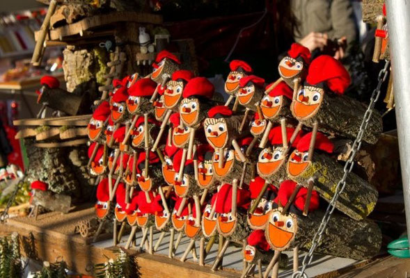 Barcelona Christmas Market 2019  Dates hotels things to