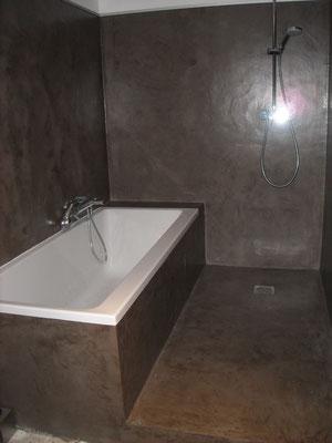 renovation salle de bains beton cire