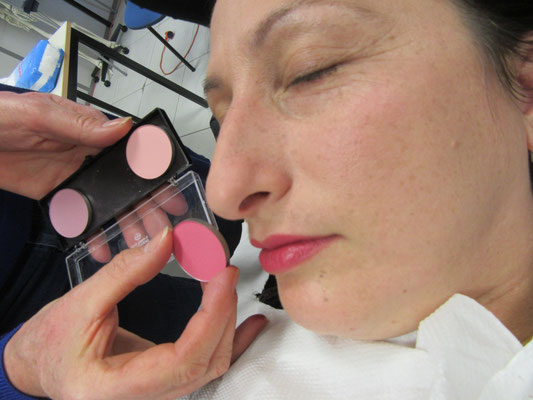 Maquillage pour la prsentation des dfunts  Thanatopraxie thanatopracteurformation