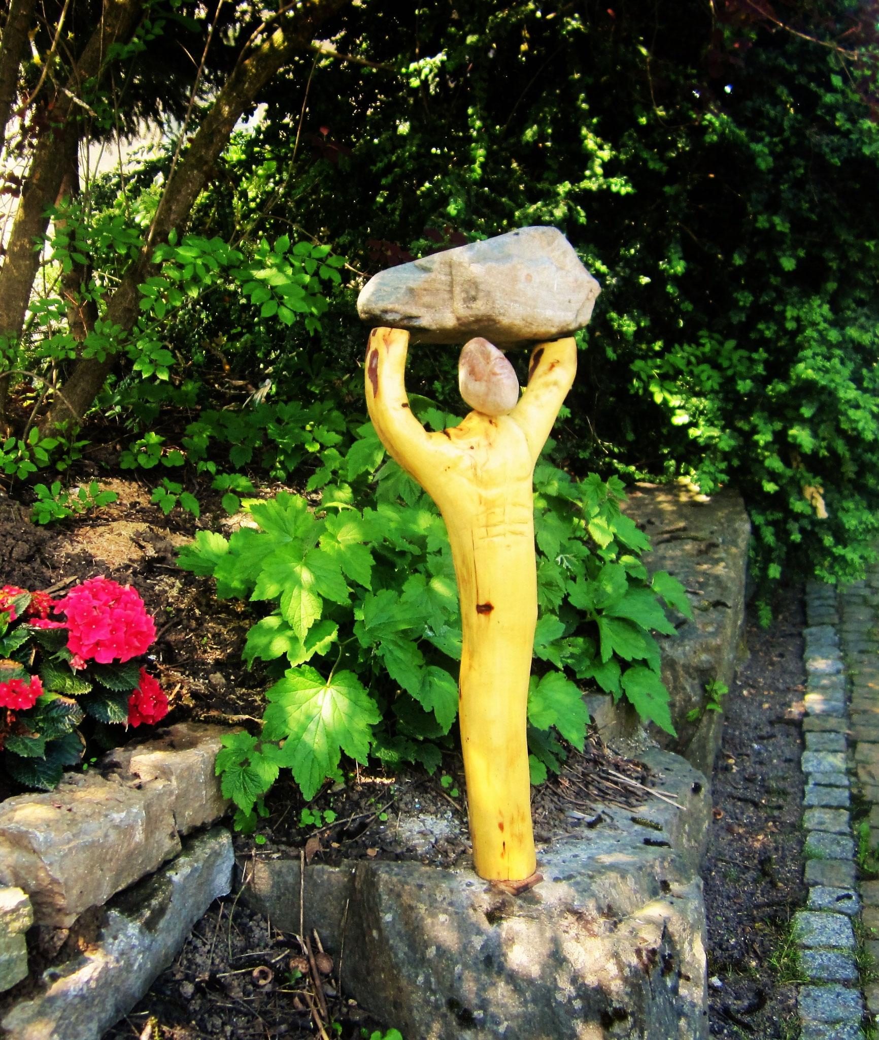 Gartenskulpturen aus HolzStein und Metall  UdoSArt Kunst aus HolzStein uMetall