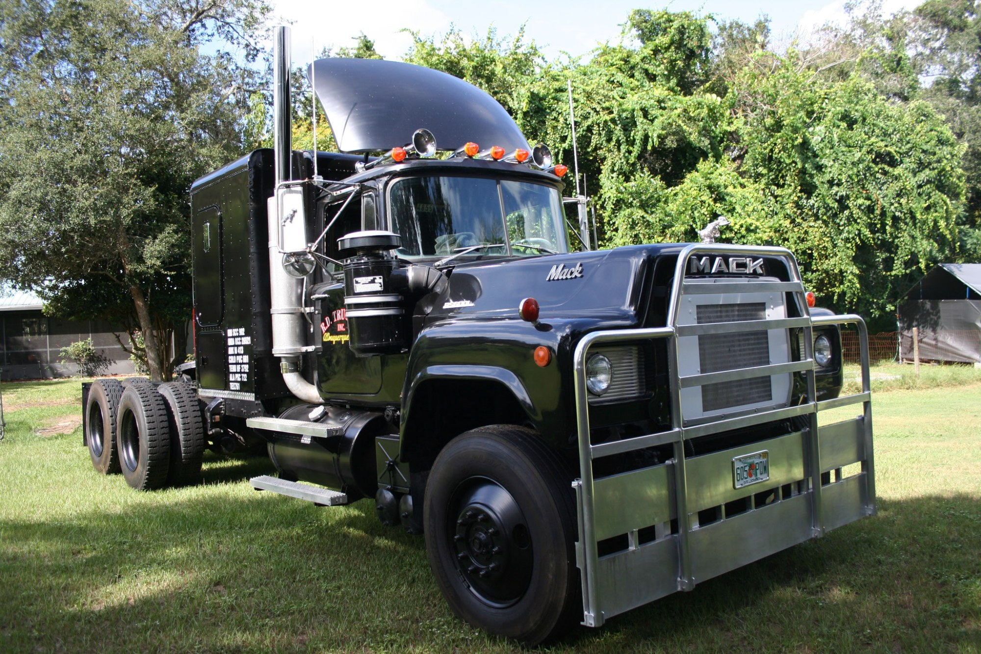 hight resolution of 1977 mack truck rs712lst