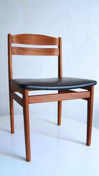 chaises room1164 mobilier vintage - Chaises Suedoises