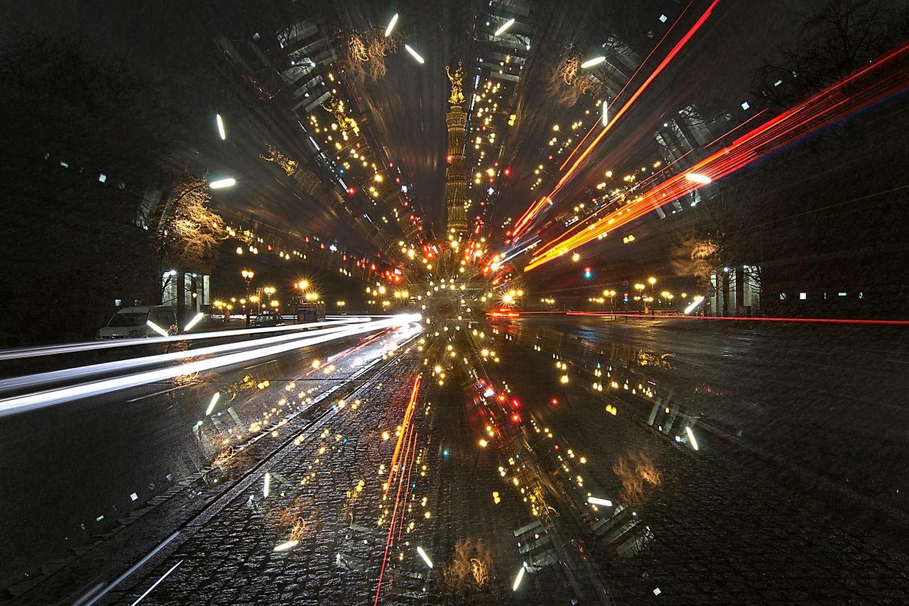 Camera Rotation Light Painting - Lichtkunstfoto