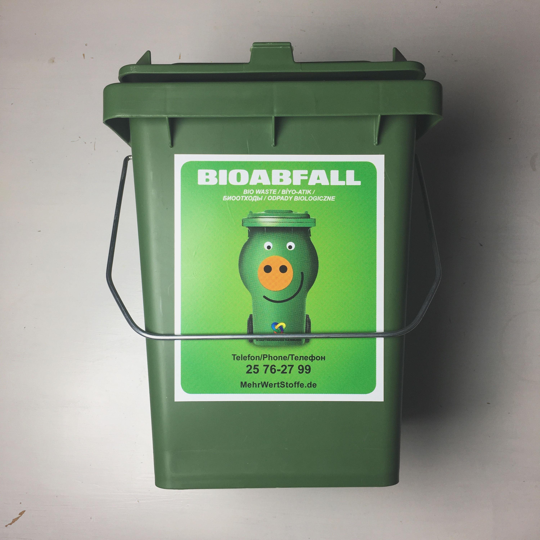 Bio Abfall Kuche Great Um Ihnen Die Sammlung Des Wertvollen Bioabfalls Noch Einfacher Zu Machen