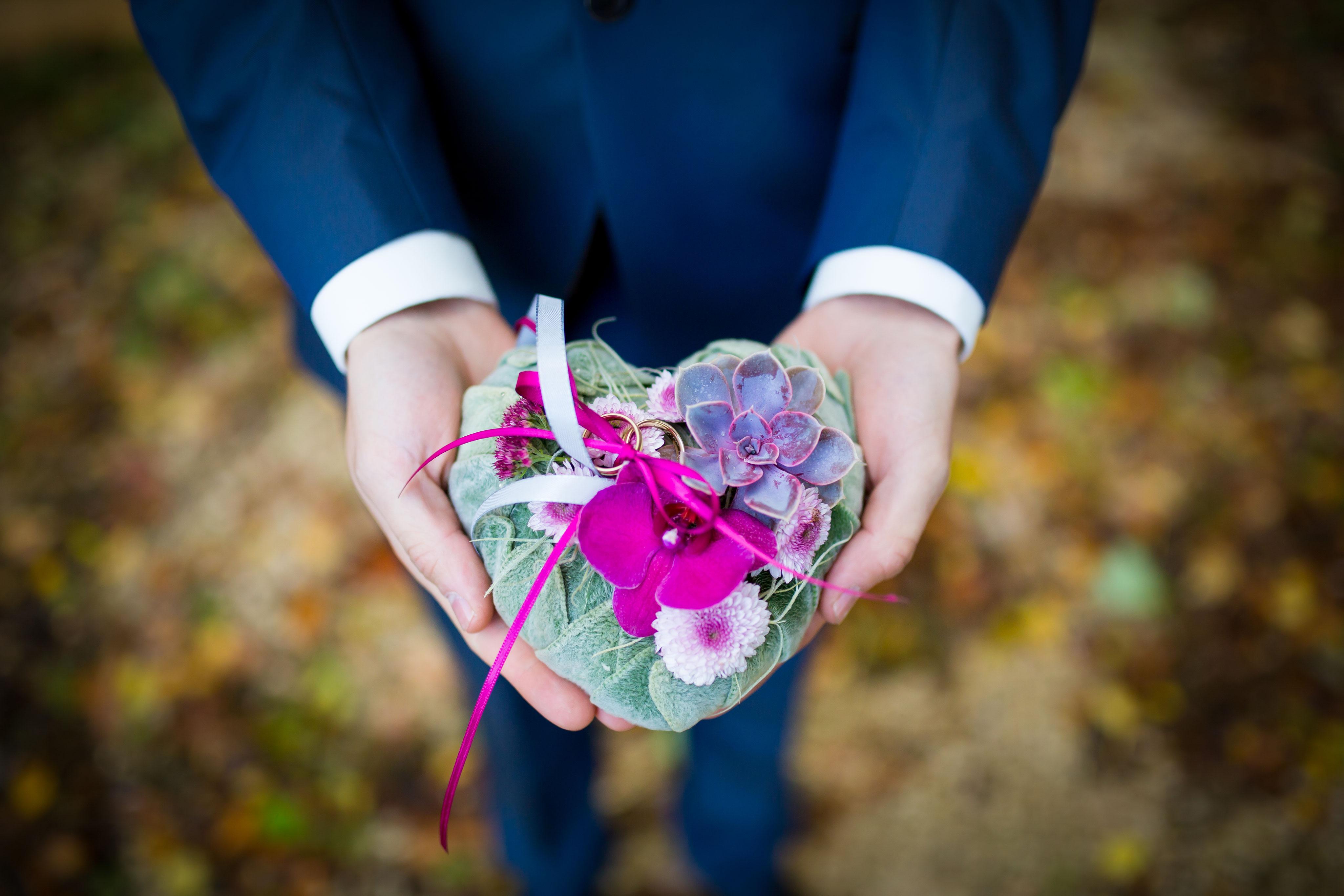 Hochzeitsfotografie Newborn Portrait im Chiemgau  truly