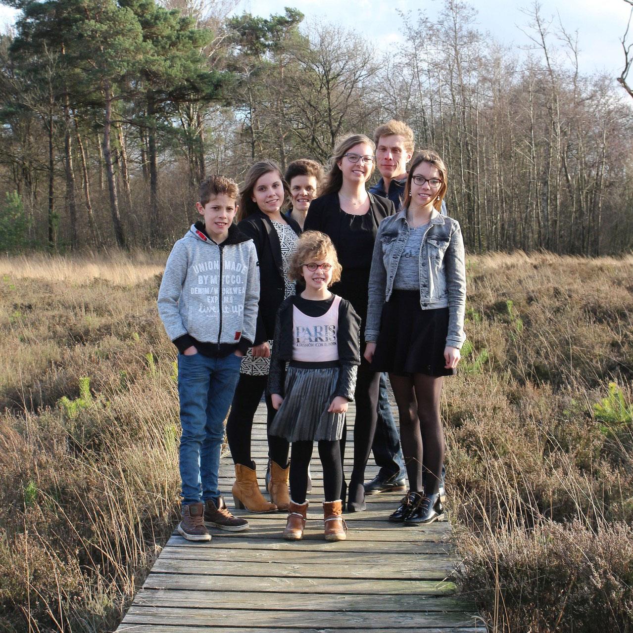 Familie Van Hoef  Fotograaf Peter  Jouw moment