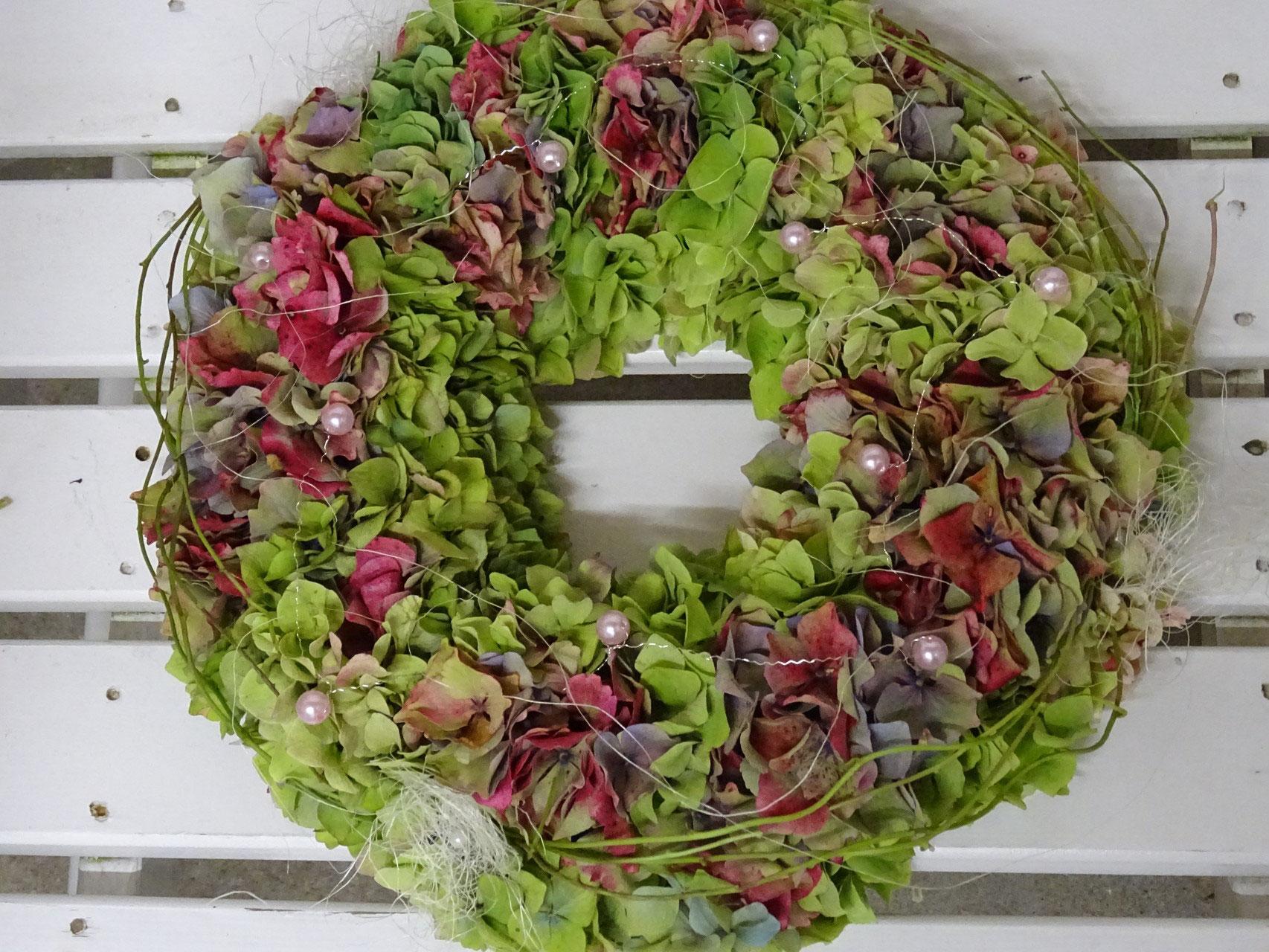 Hortensien Kranz Kurs  wwwschellingsblumenhandwerkch