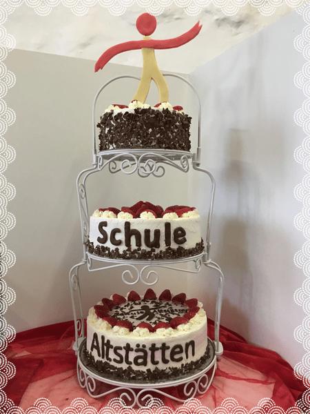 Klassische Torten  Torten Kuchen Hochzeit Geburtstag Feier Party Taufe Konfirmation Firmung Firma Tiere menschen liebe