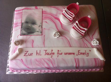 Tauftorten und Torten zur Geburt in Gnserndorf bei Wien