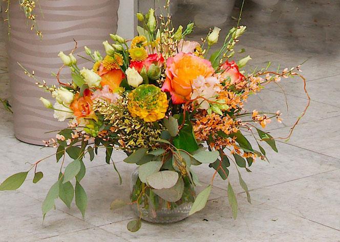 Blumenstrau in Wien frisch kreativ und individuell