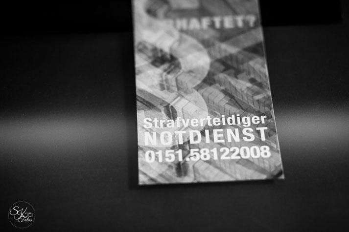 Akten  Paragraphen  Fotosession in einer Anwaltskanzlei  Svenja Johansson Fotografie