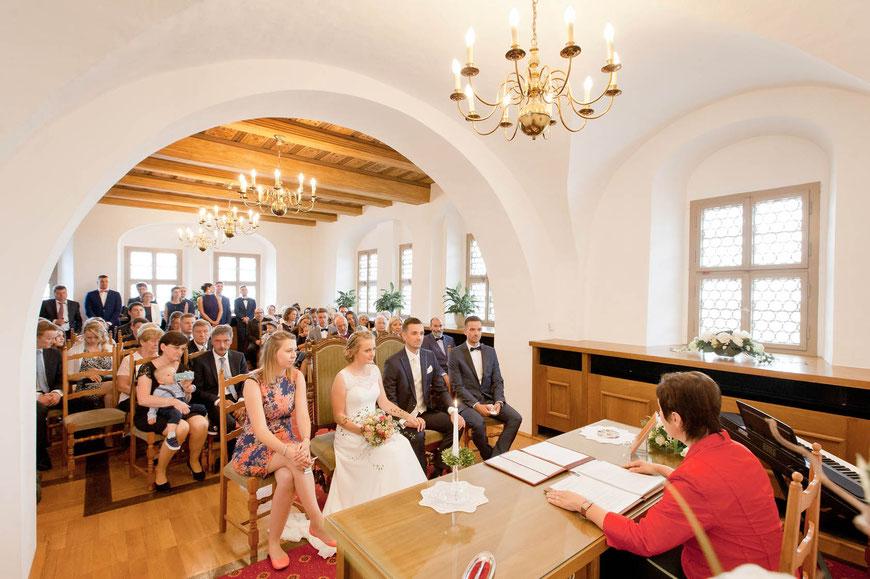Hochzeit auf Schloss Augustusburg  Traumhochzeit in