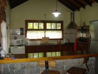 cocina barra comedor quincho living desayunadora continuacion cerrado