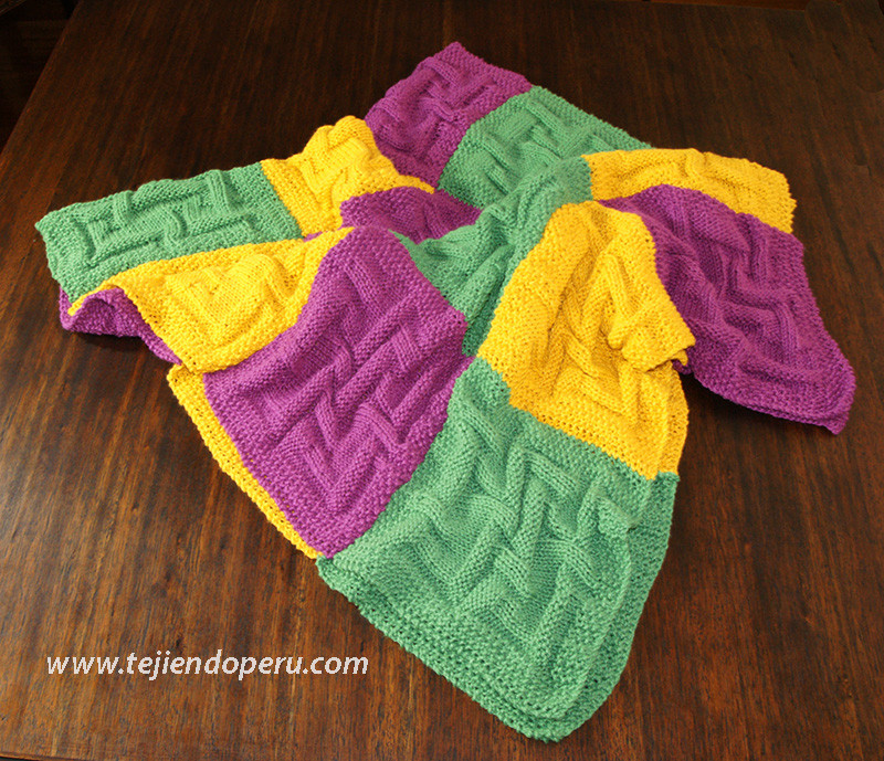 Cubrecama con cuadrados tejidos  Tejiendo Per
