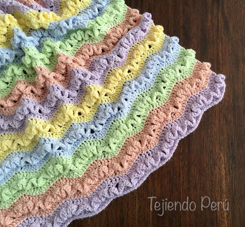 Manta en zigzag con ondas wiggle crochet  Tejiendo Per