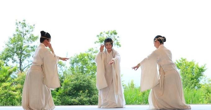 「縄文奉納舞」の画像検索結果