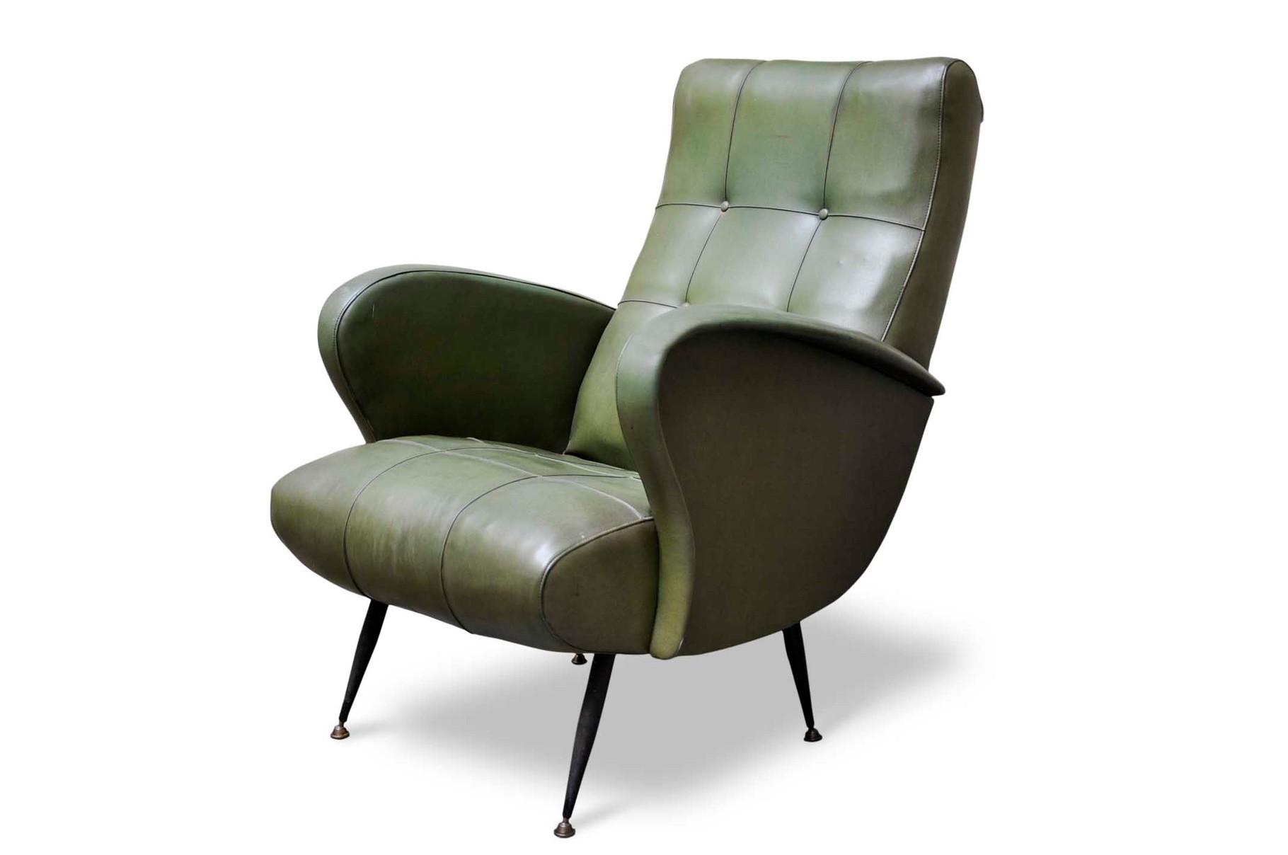 Stai cercando una lampada vintage o un pezzo particolare per la tua casa o locale? Poltrone Anni 60 In Sky E Piedi In Ottone Italian Vintage Sofa