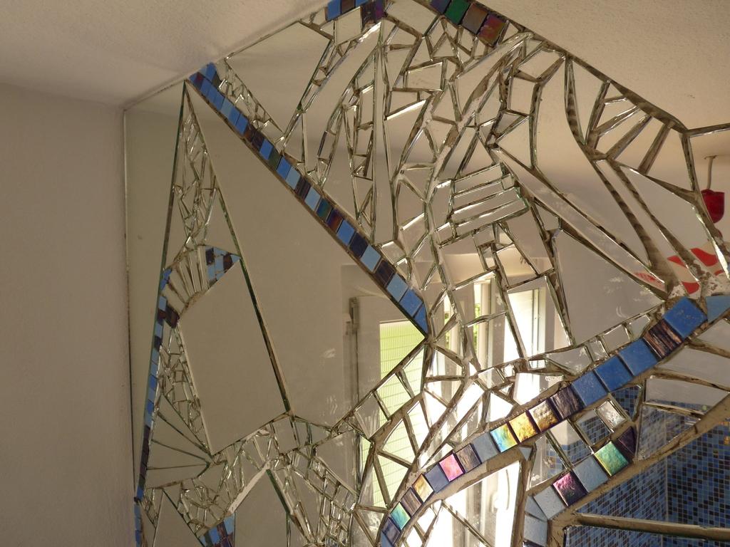 Spiegel Mosaik Wandgestaltung  Wohndesign
